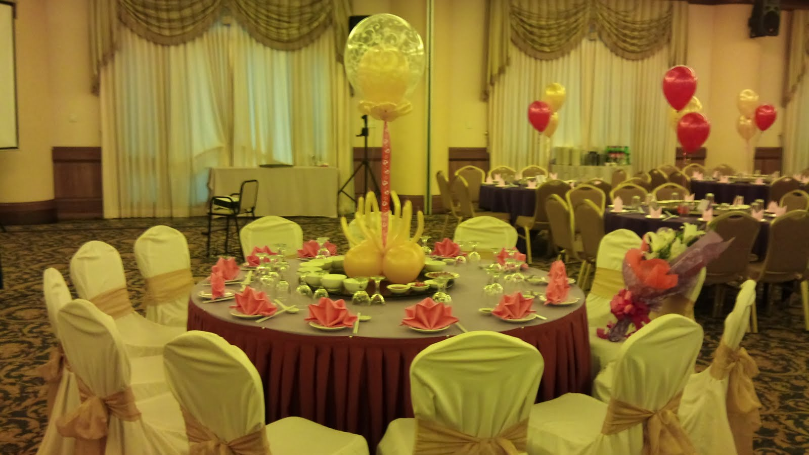 70th Birthday Decorations: Balloon Decorations For Weddings, Birthday Parties