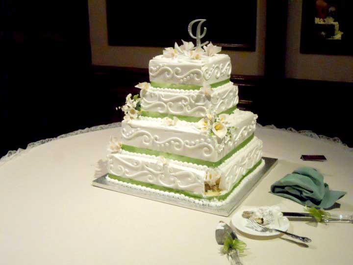 Square 4 Tier Custom Elegant Modern Fondant Wedding Cake Design Pictures 2