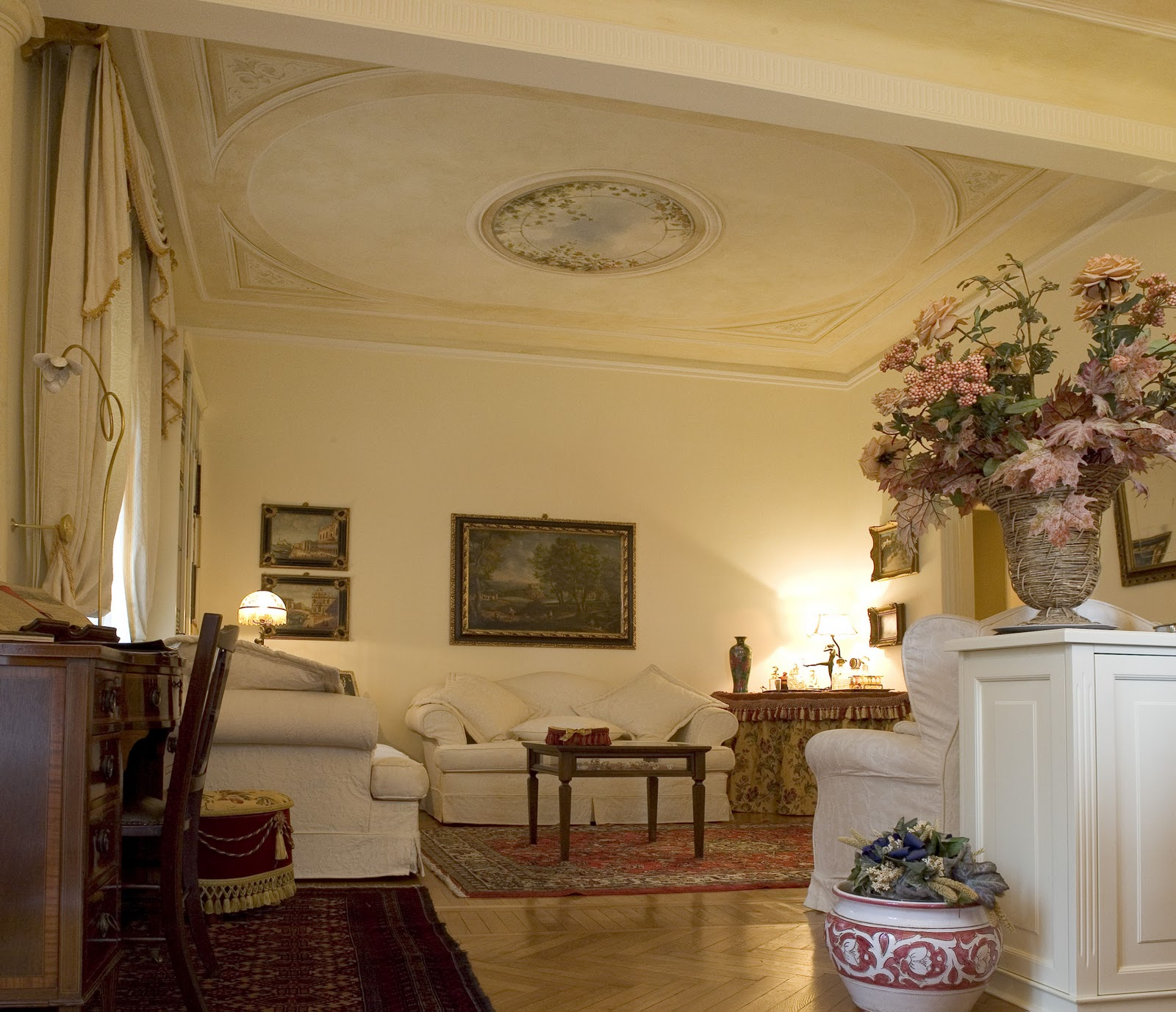 Beautiful arredamento interni classico moderno arredamento for Arredare casa costi