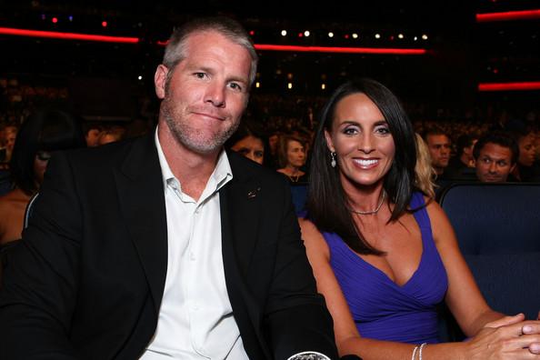 Brett Favre Wife Deanna Favre Deanna Favre Bio Amp Pictures