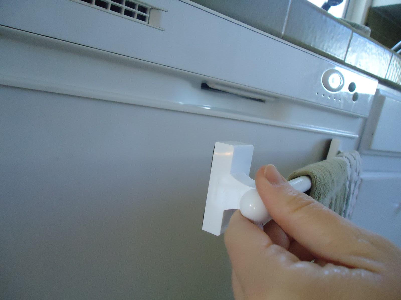 Magnetic Kitchen Towel Bar
