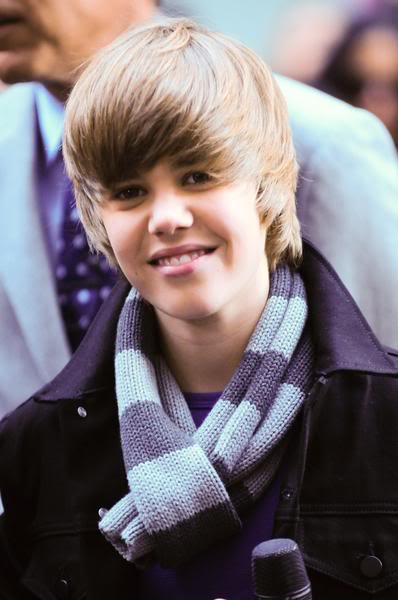 It's my Life: Desember 2012 |Justin Bieber 2012 Cute Face