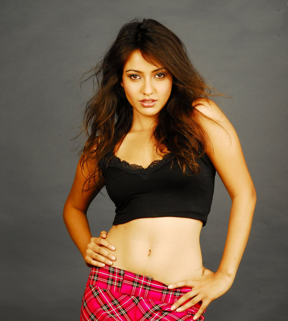 Neha Sharma Hot And Sexy Bollywood Actress Wallpapers 2011