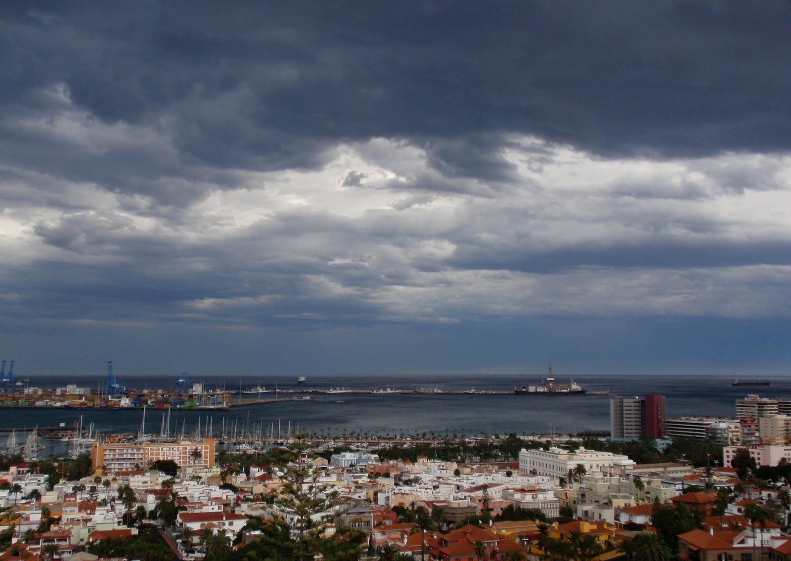 Astronomia Fisica Y Misiones Espaciales La Borrasca Desde El Mirador De La Cornisa De Las Palmas De Gran Canaria