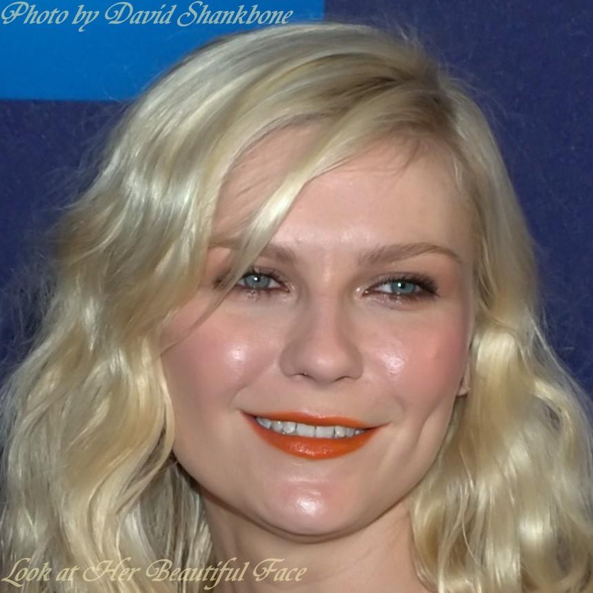 Look At Her Beautiful Face Kirsten Dunst 3 Distinctive