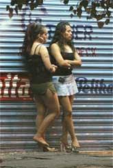 parecen las prostitutas de un western calle de prostitutas