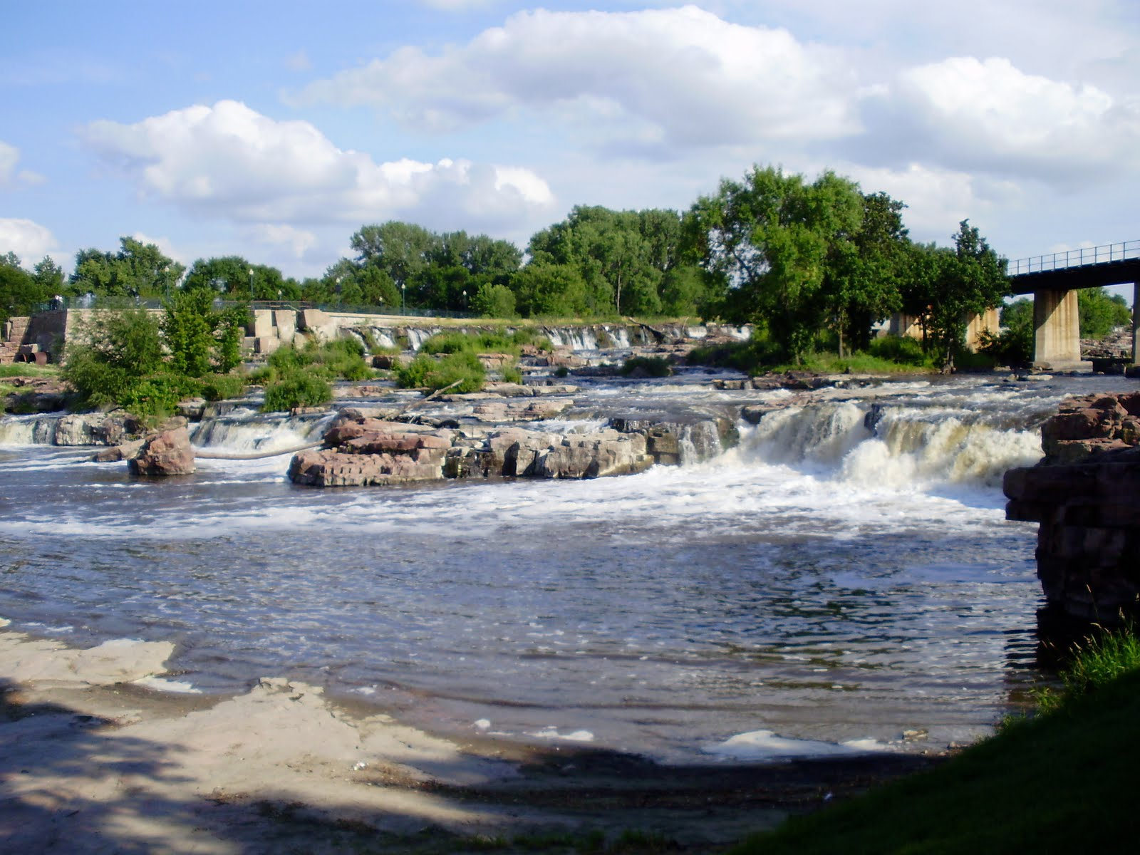 life at 55 mph falls park in sioux falls south dakota. Black Bedroom Furniture Sets. Home Design Ideas