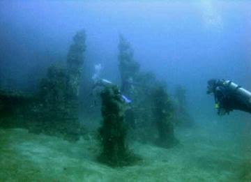 foto penemuan candi bawah laut indonesia di selat bali, video  candi bawah laut di bali