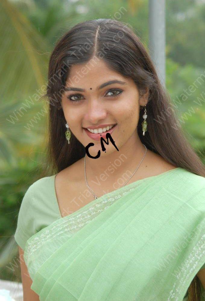 Hot sri lankan tamil teen exposes her delicious body - 4 4