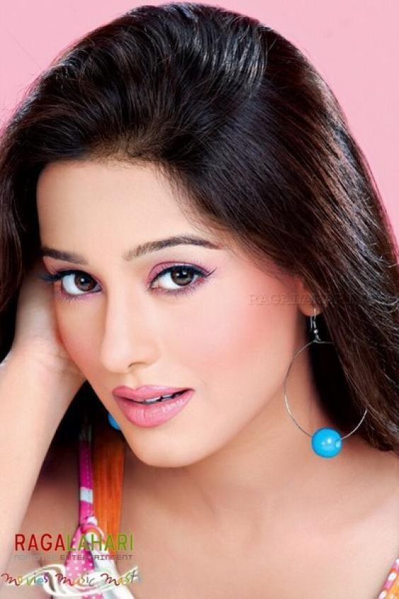 Most Popular Video Bollwood Sexy Amrita Rao-2574