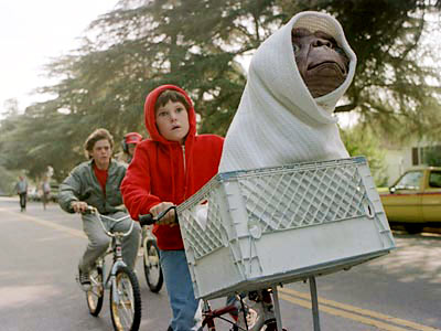 Resultado de imagem para meninos de bicicleta  & E.T.