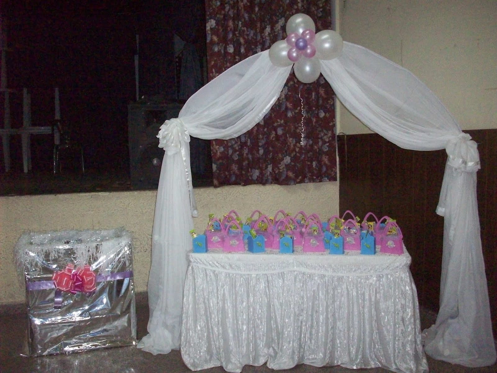 Como Decorar Un Local Para Matrimonio Kalú Decó Decoraciones Con Globos Y Telas