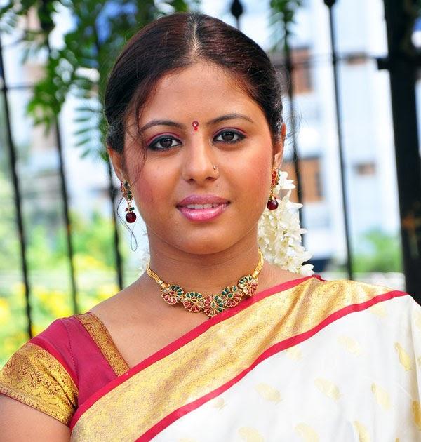 Sunakshi Latest Hot Stills In Slik Saree