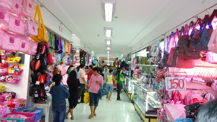 1 review of Baclaran Shopping