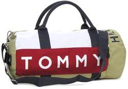 853ae8eee ... de vestuário Phillips-Van Heusen Corporation, proprietário de marcas  como Calvin Klein, BCBG Max Azria, Sean John e Timberland, comprou a marca  TOMMY ...