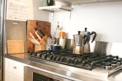 Bella's Kitchen - Apartment Therapy