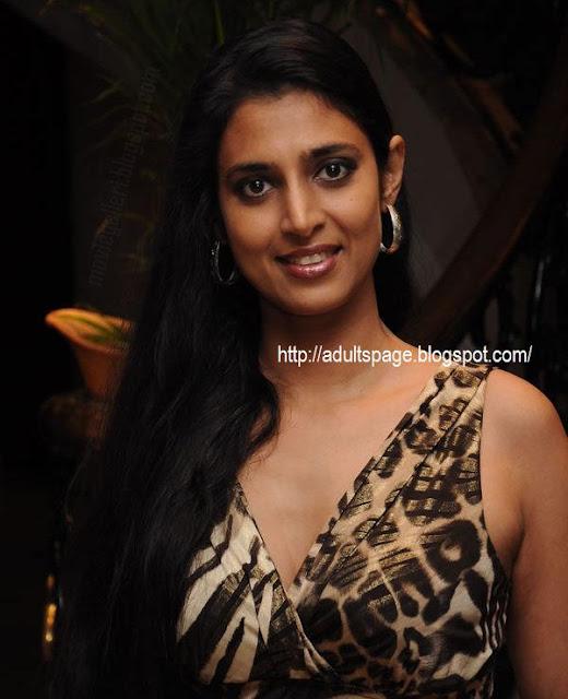 Kasthuri And Nila-(Meera Chopra) In Chennai Lakme Fashion