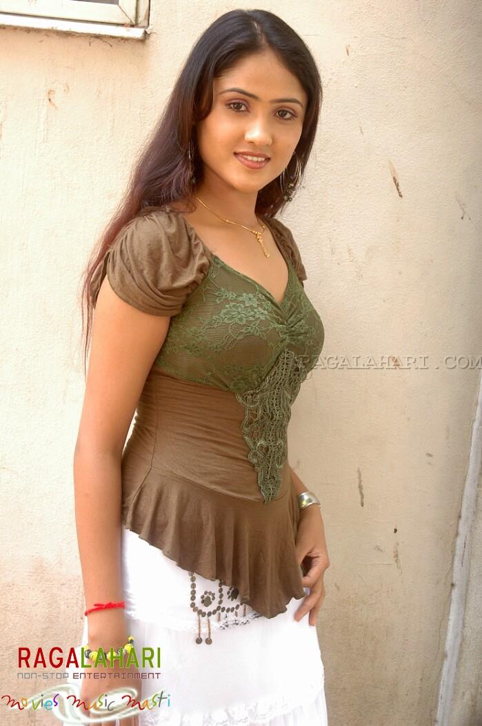 HOT INDIAN ACTRESS BLOG: South Actress Manjari Fadnis HOT