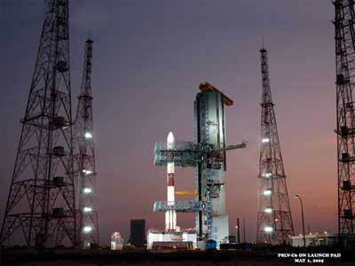 essay on chandrayaan journey to the moon