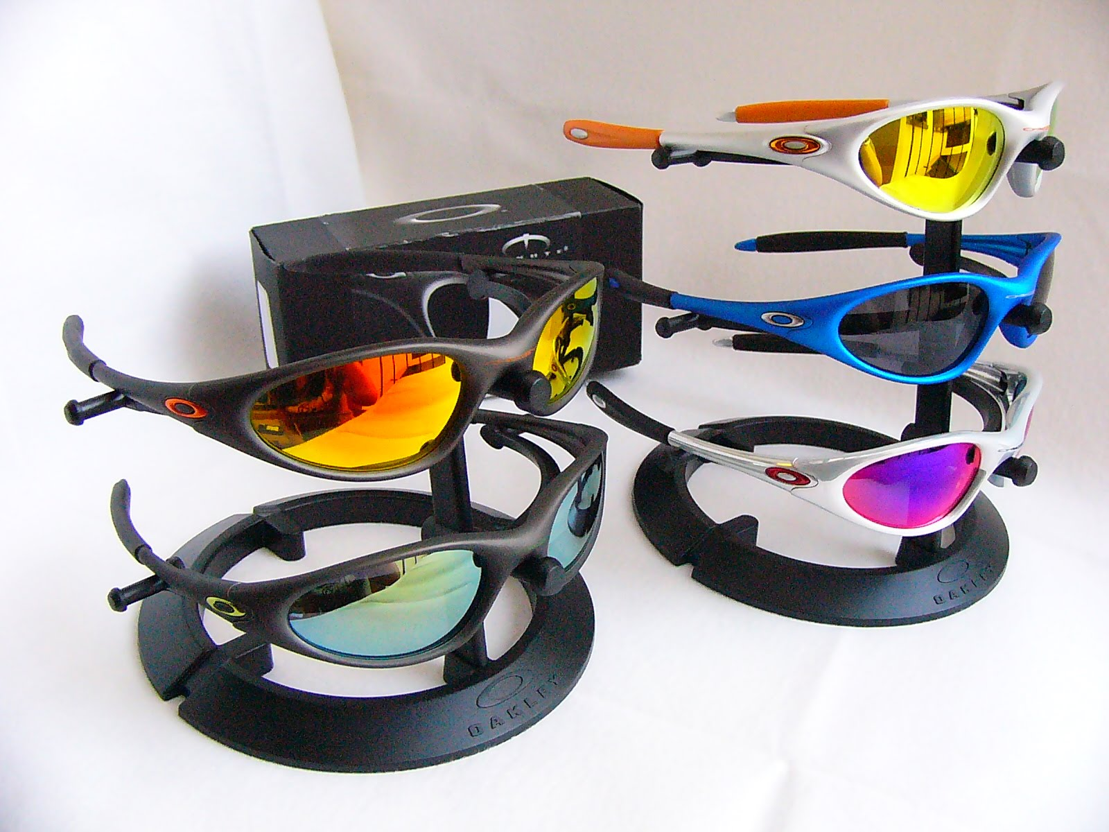 870d6eca544 Minute 1.0 Collections. Posted by oakley collector