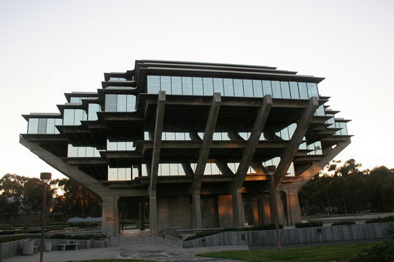 architecture unique buildings library diego san california geisel wallpapers cool building crazy portal amazing most around homes strange university universidad