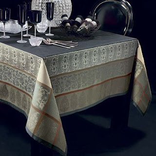 table cloth from sari border