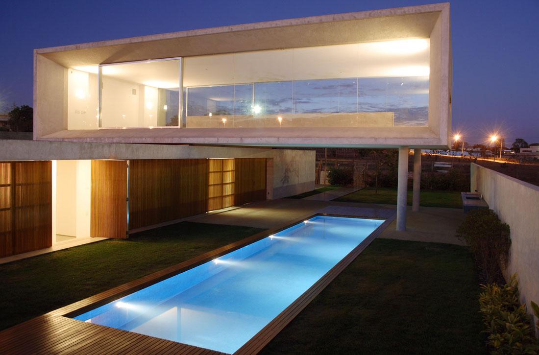 Casa osler marcio kogan tecno haus for Casa de los azulejos arquitectura