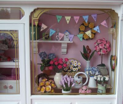 Fib About Daisies >> Wee Cute Treasures September 2010