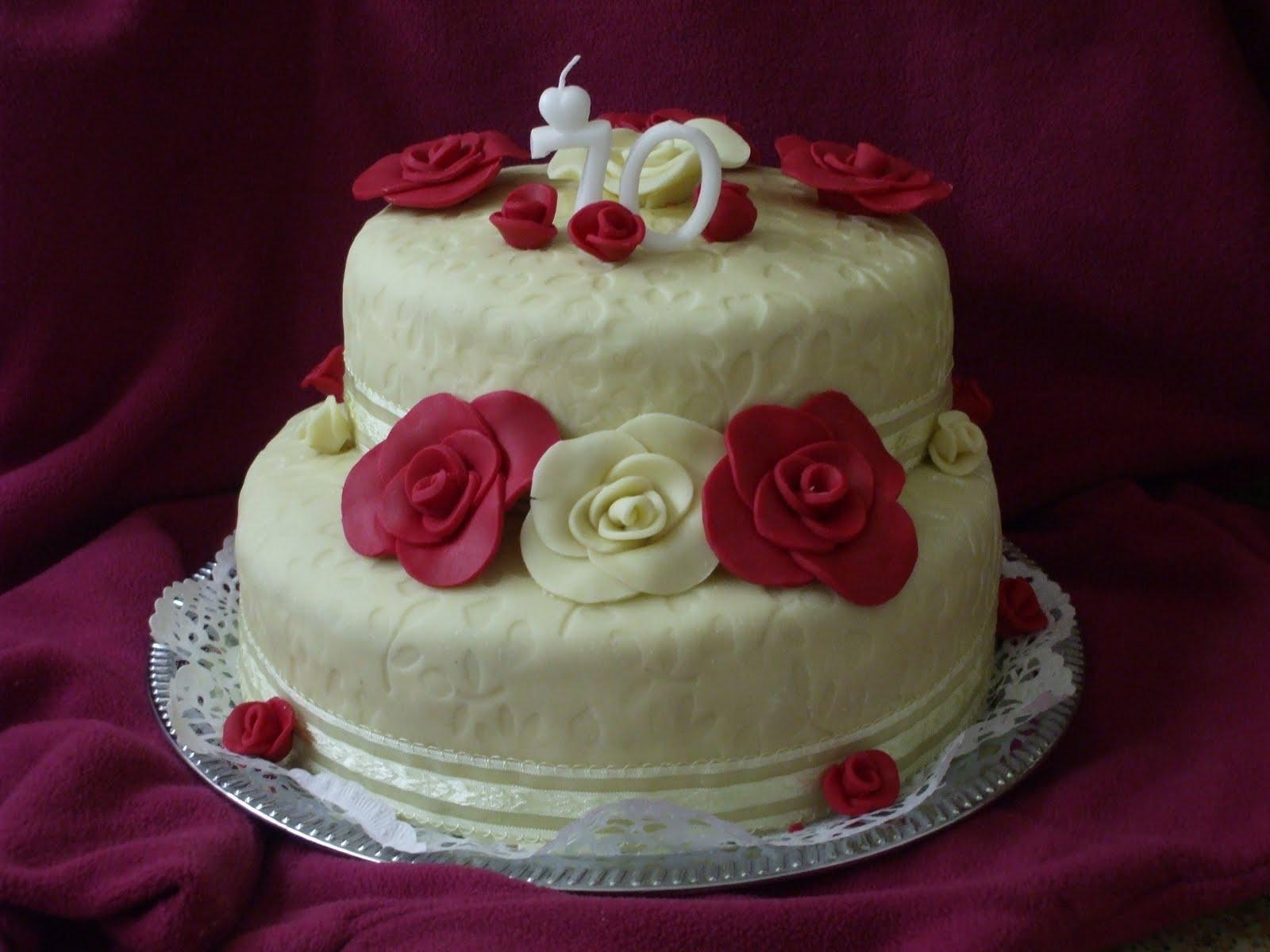 emeletes születésnapi torták Íny csiklandozó: Emeletes torta emeletes születésnapi torták