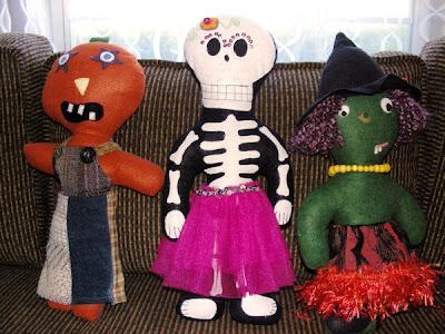 Halloween wool felt dolls, pumpkin head, skeleton doll, witch doll