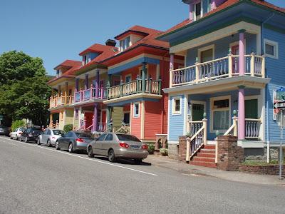 colorful house street in Portland Oregon