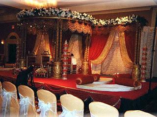 Gold Royal Wedding Wedding Decorations 2011 Wedding Decoration