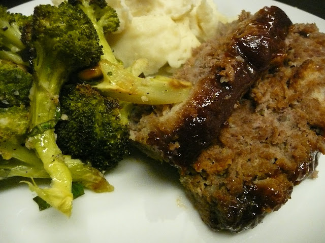 Meatloaf Mash Potatoes Brocoli
