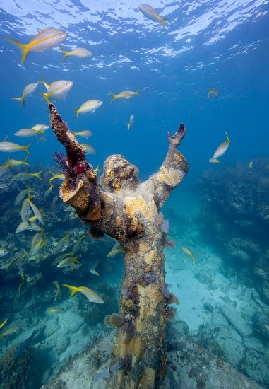 Digital Immersions: Christ Of The Abyss Statue_video