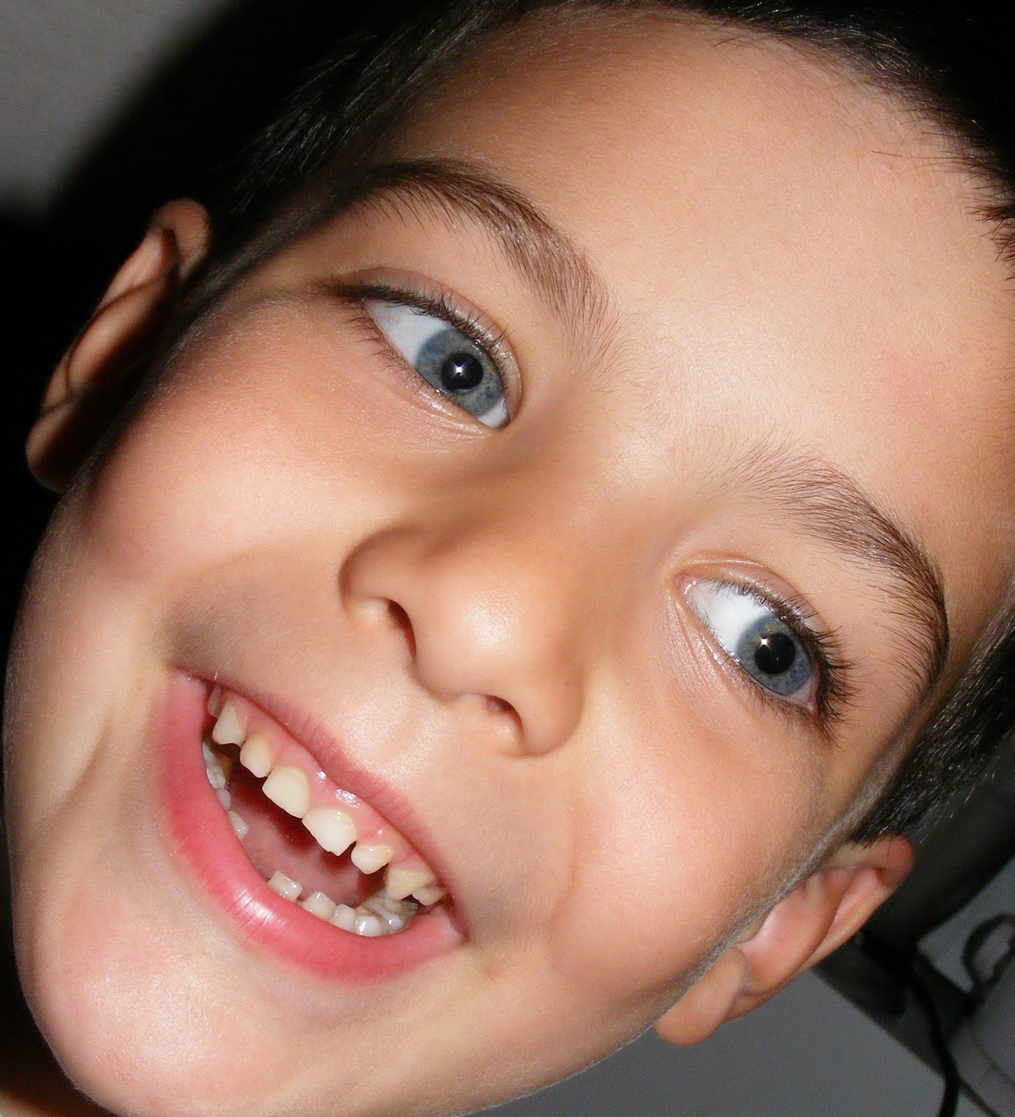Ten Kids And A Dog: A First Lost Tooth---Makes My Monday