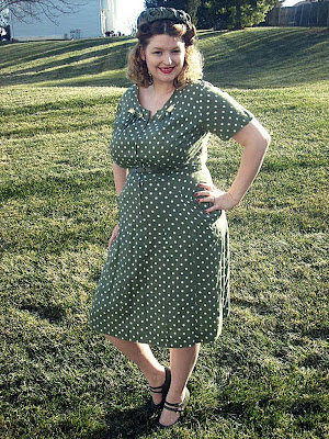 1940s polka dot plus size vintage dress