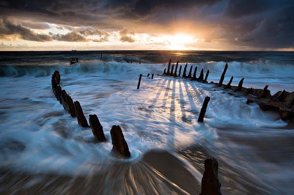 Shipwrecked © Mel Brackstone