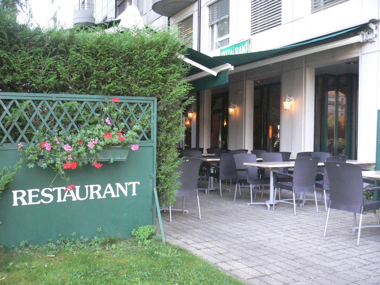 Les Poulettes Et Leurs P Tits Poulets à Genève Restaurant