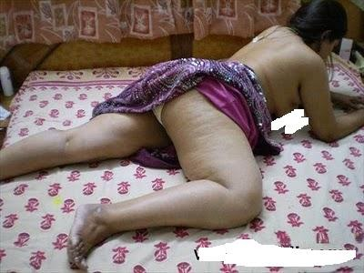 Idea sexy nude aunties sleeping