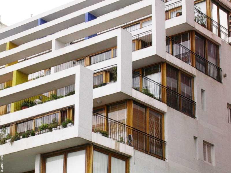 Habitar terrace palace antonio bonet for Viviendas sobre terrazas