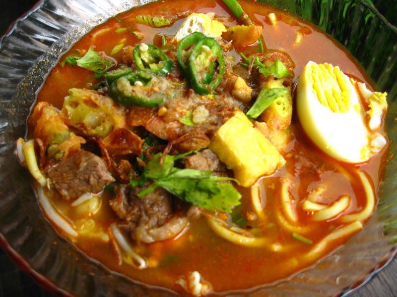Koleksi 1001 Resepi: mee kuah daging dan udang