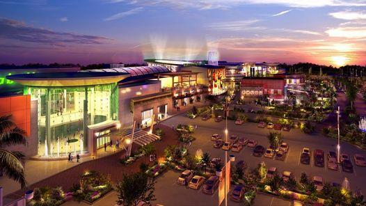 El Shopping Tortugas Open Mall se viste de luz