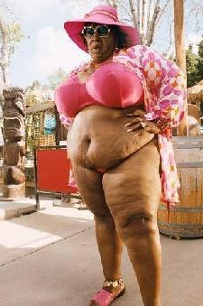 http://3.bp.blogspot.com/_bv2h-aJzy1c/RxlbP0k0OBI/AAAAAAAAA8o/ysuln--a4Mw/s400/eddie_murphy(2007-as-fat-woman-in-bikini-norbit-med-lrge).jpg
