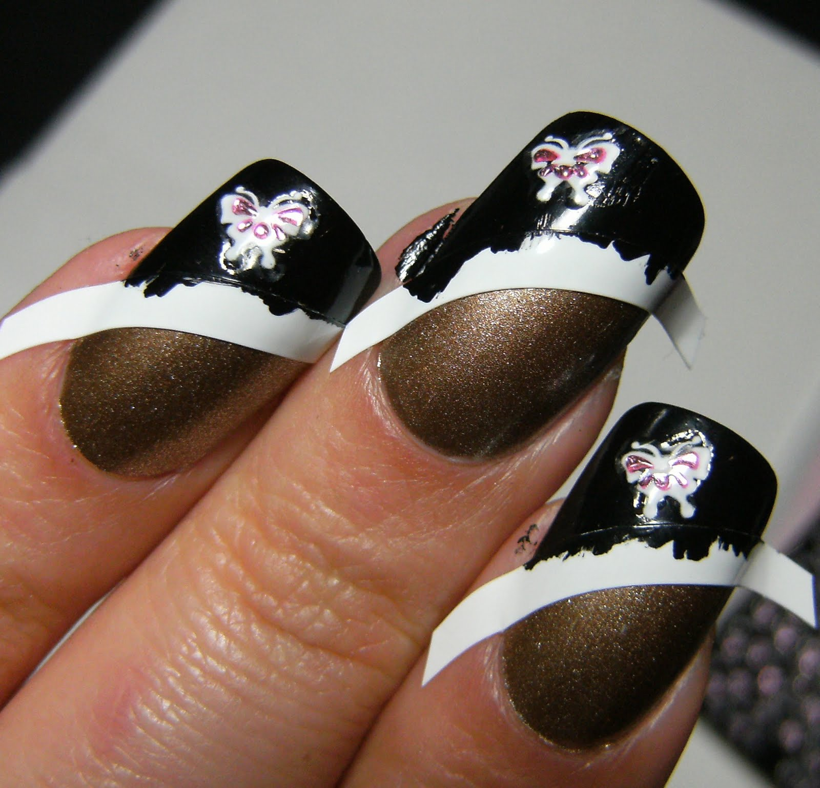 Deez Nailz Claire S 14 Karats With Nailene Black French Tip Pen Amp Fing Rs Nail Stickers