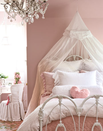 lovely cute pink bedroom   FRENCH bUTTONS...Sharing my love of romantic design: Love ...