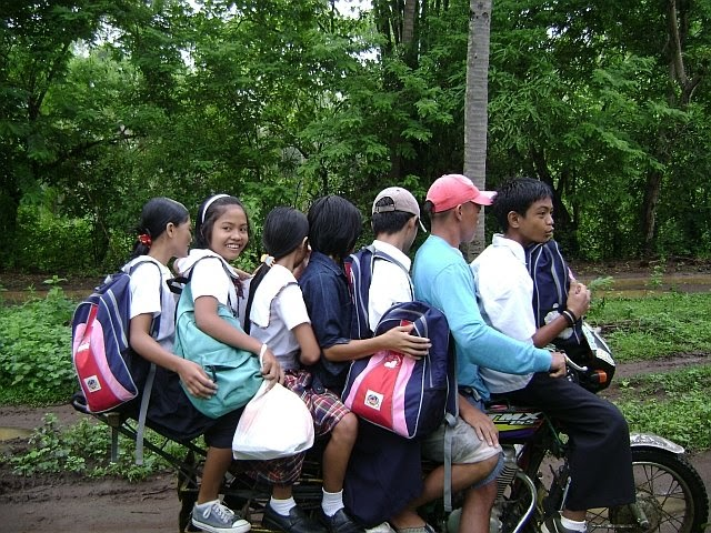 Bilderesultat for habal habal motorcycle