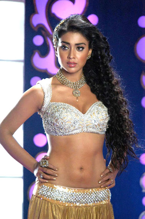 sherya saran new poses here unseen pics