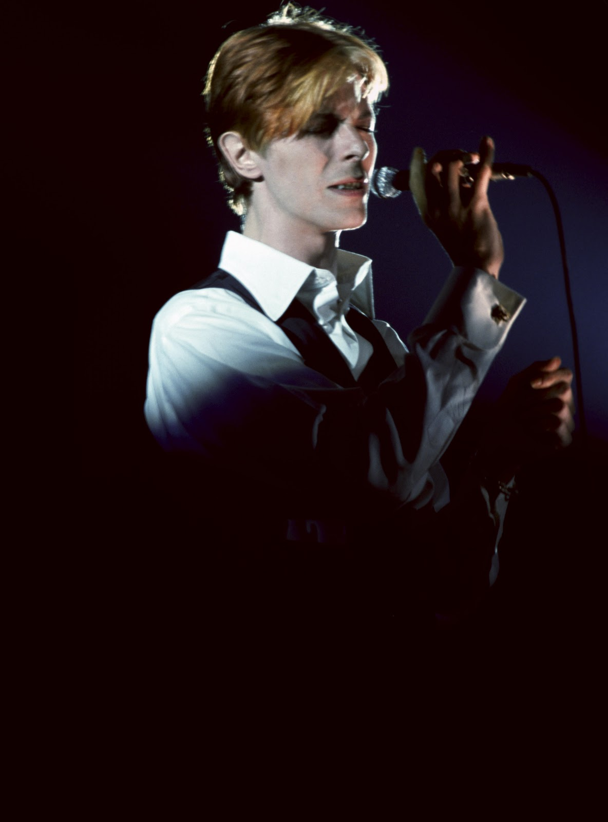 David bowie: station to station [deluxe edition] album review.