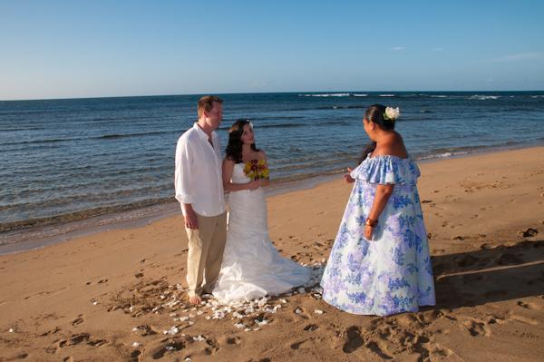 Maile Weddings And Photography Sunset Wedding At Ke E Beach