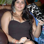 Namitha denies suicide attempt rumors